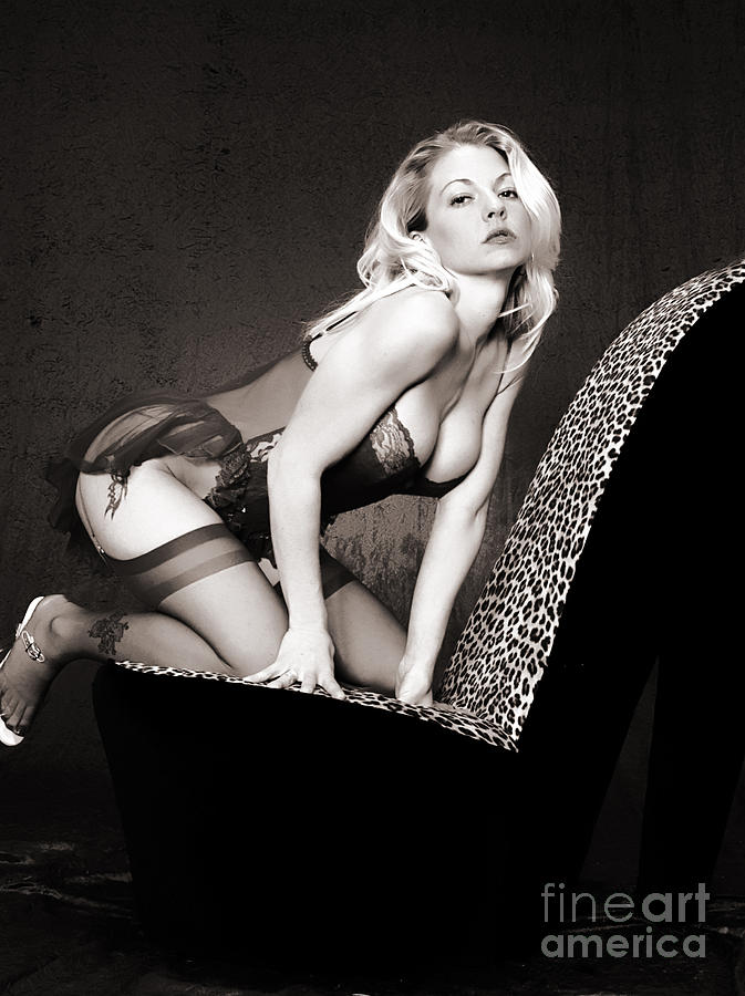 Clay Photograph - Retro Pinup by Clayton Bruster