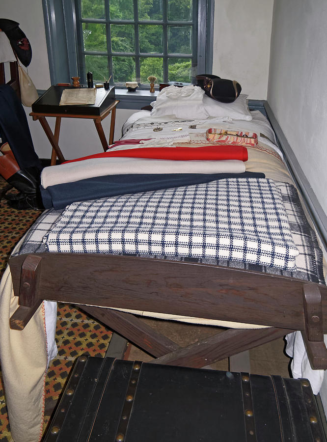 Bedroom Photograph - Revolutionary War Bedroom by Sally Weigand