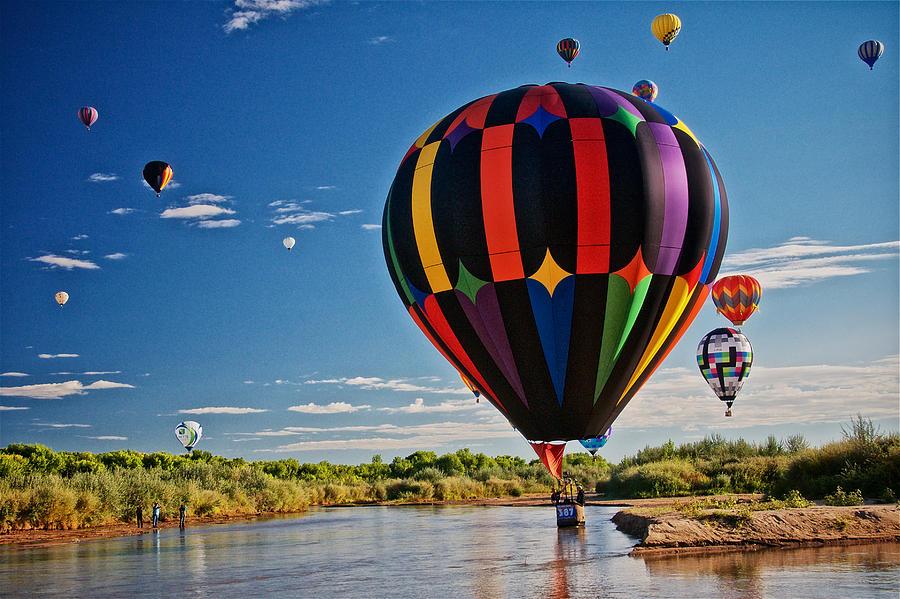 Nature Photograph - Rio Grande Splash Down, New Mexico by Zayne Diamond Photographic