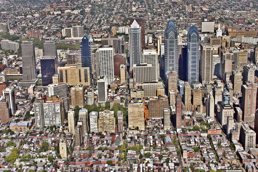 Philadelphia Photograph - Rittenhouse Square Area Philadelphia by Duncan Pearson