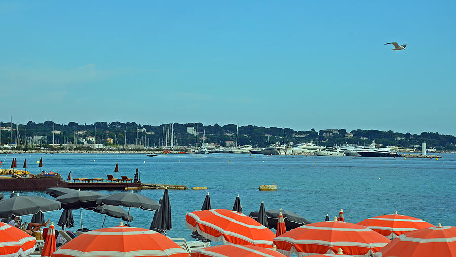 Juan Les Pins Photograph - Riviera Style by Corinne Rhode