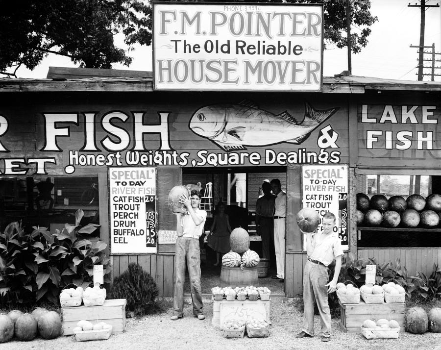1930s Candid Photograph - Roadside Stand Near Birmingham by Everett