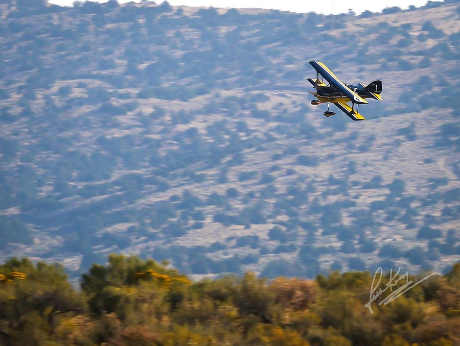 Reno Air Races Photograph - Rob Caster In Miss Diane, Friday Morning 5x7 Aspect Signature Edition by John King