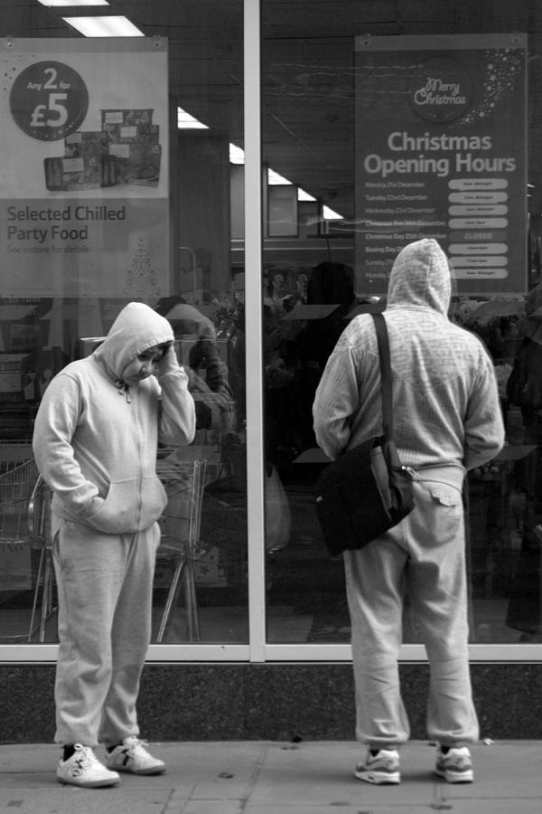 London Photograph - Robin Hoodie by Jez C Self
