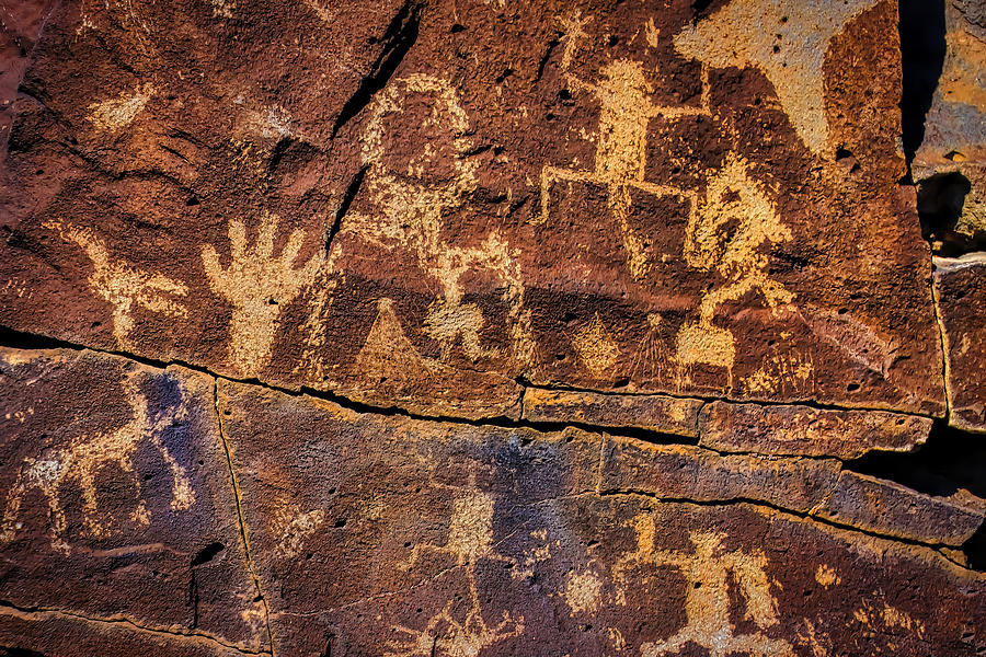 Pictograph Photograph - Rock Wall Of Petroglyphs by Garry Gay