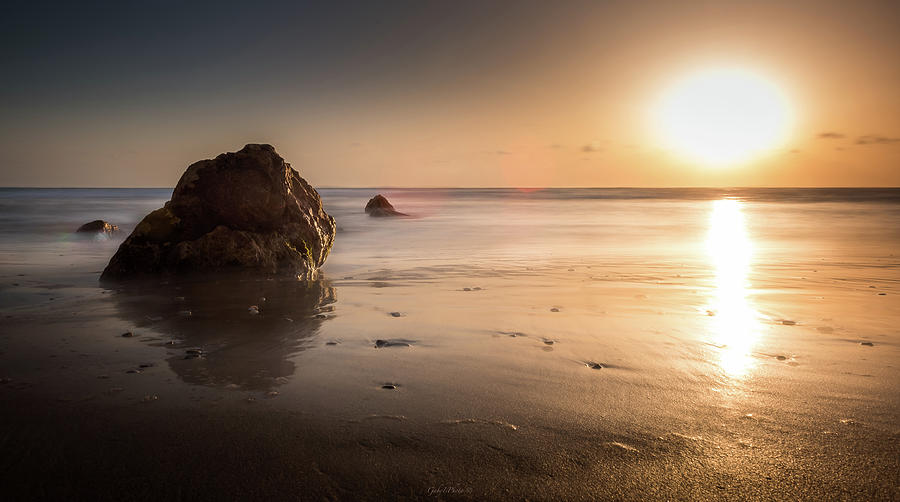 Rocks at sunset 3 by Gabriel Israel