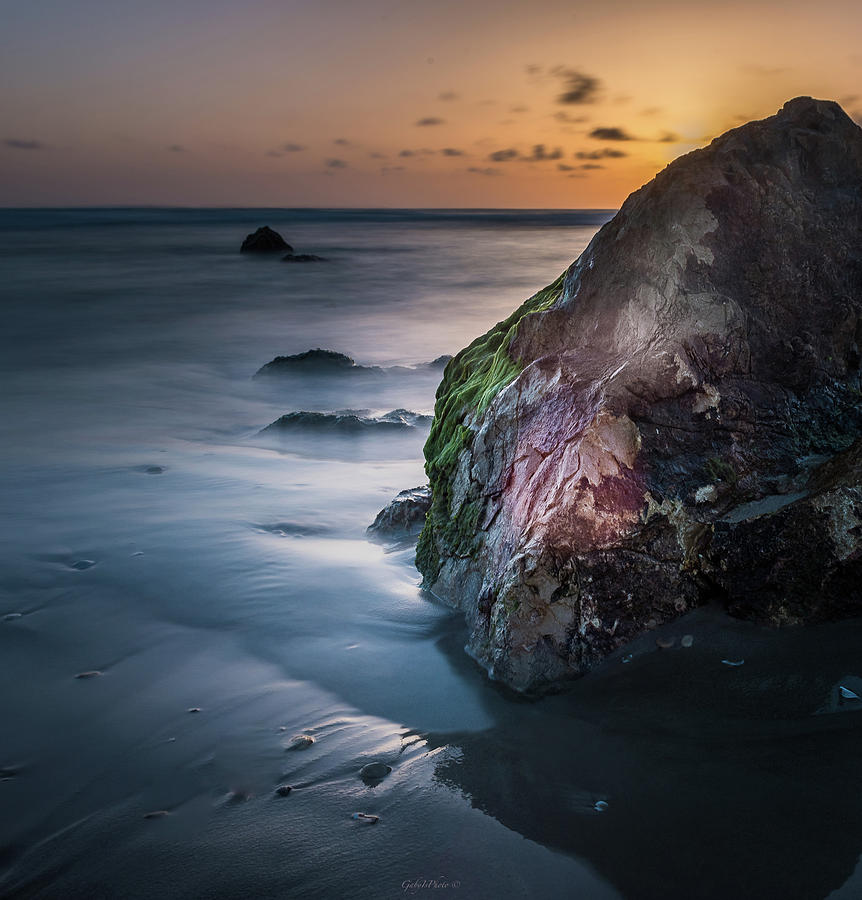 Rocks at sunset by Gabriel Israel
