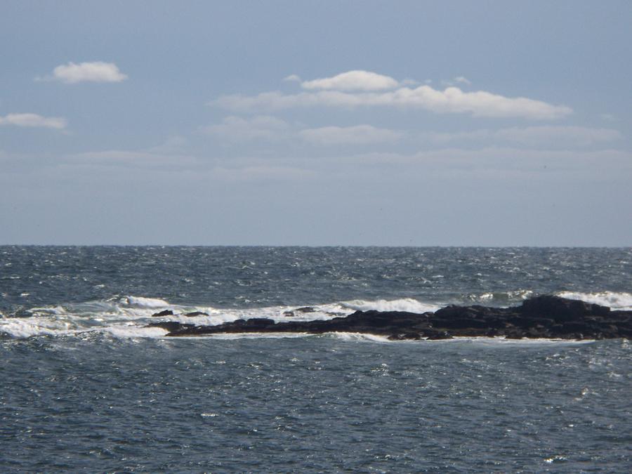 Seascape Photograph - rocks in the water II by Rosanne Bartlett
