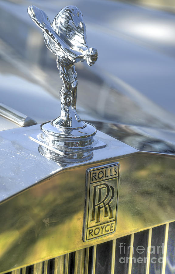 rolls royce emblem photograph by amir paz. Black Bedroom Furniture Sets. Home Design Ideas