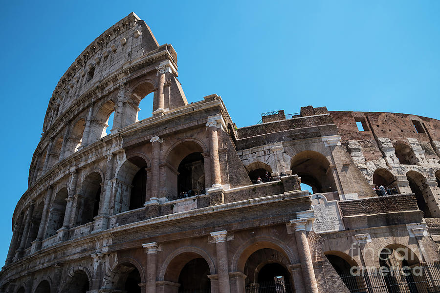 Italy Photograph - The Colosseum Of Rome by Brenda Kean