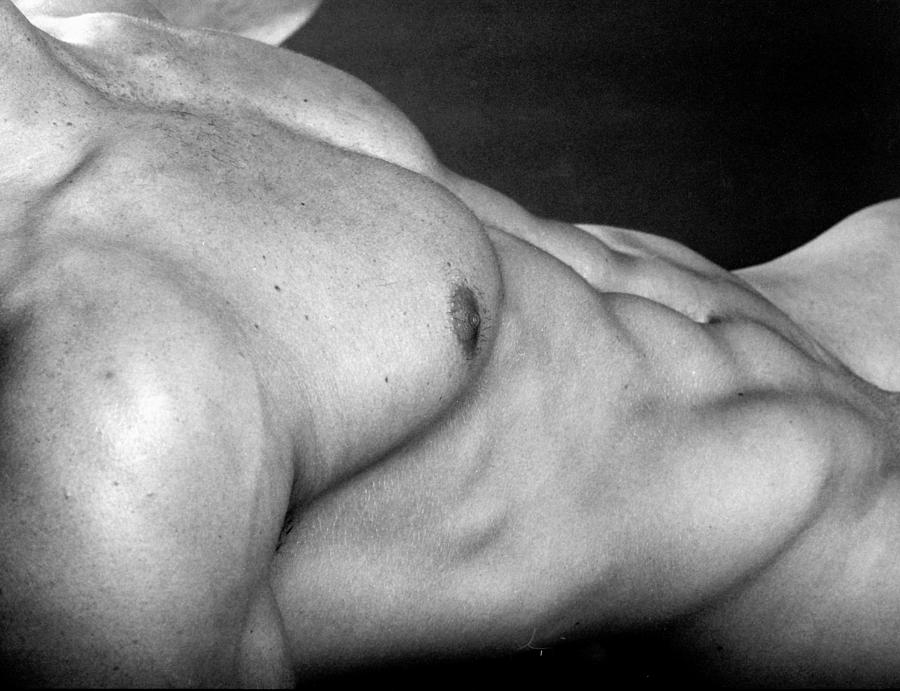Male Nudes Photograph - Ronan Torso by Thomas Mitchell