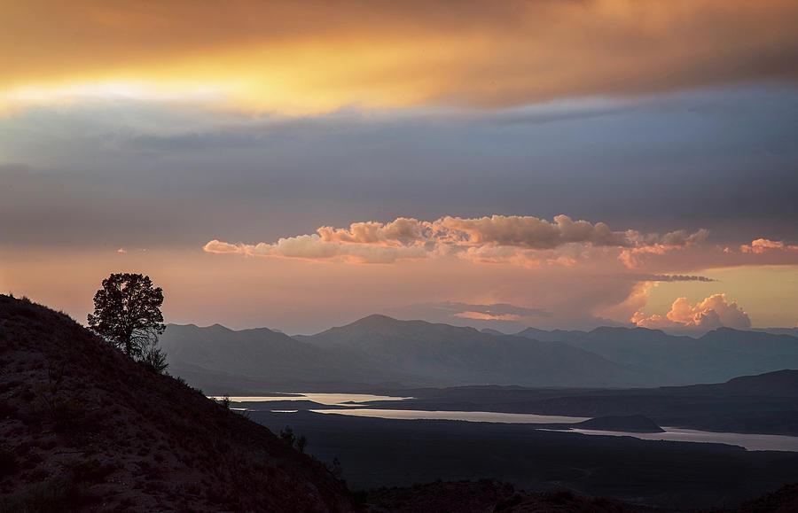 Roosevelt Lake Arizona Photograph - Roosevelt Lake At Sunset by Dave Dilli