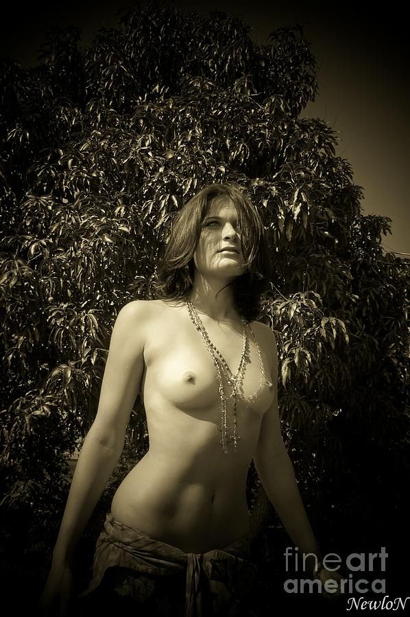 Nude Photograph - rosaries by J N