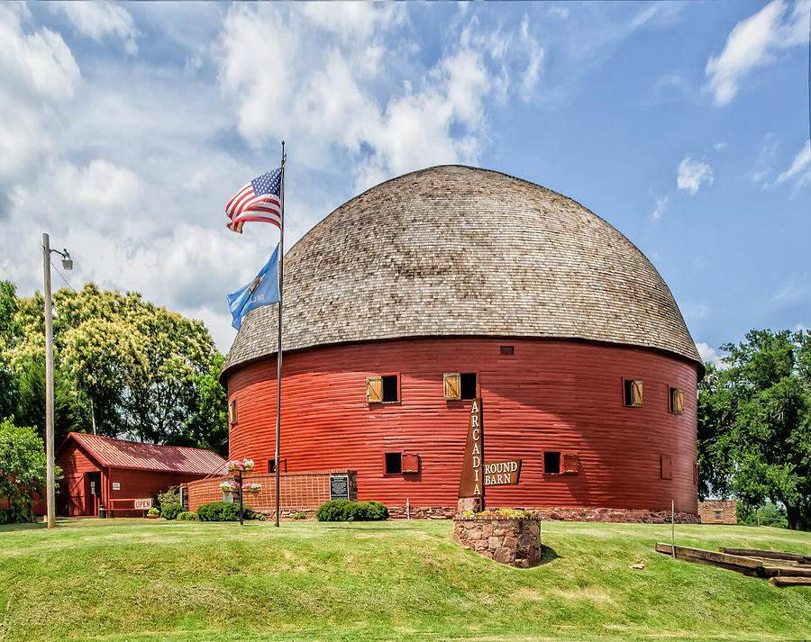 Route 66 Arcadia Red Round Barn Photograph by Roberta Peake
