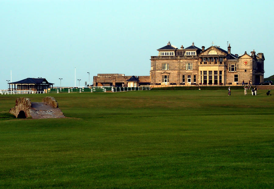 Royal and Ancient Golf Club at St Andrews by Lyle  Huisken