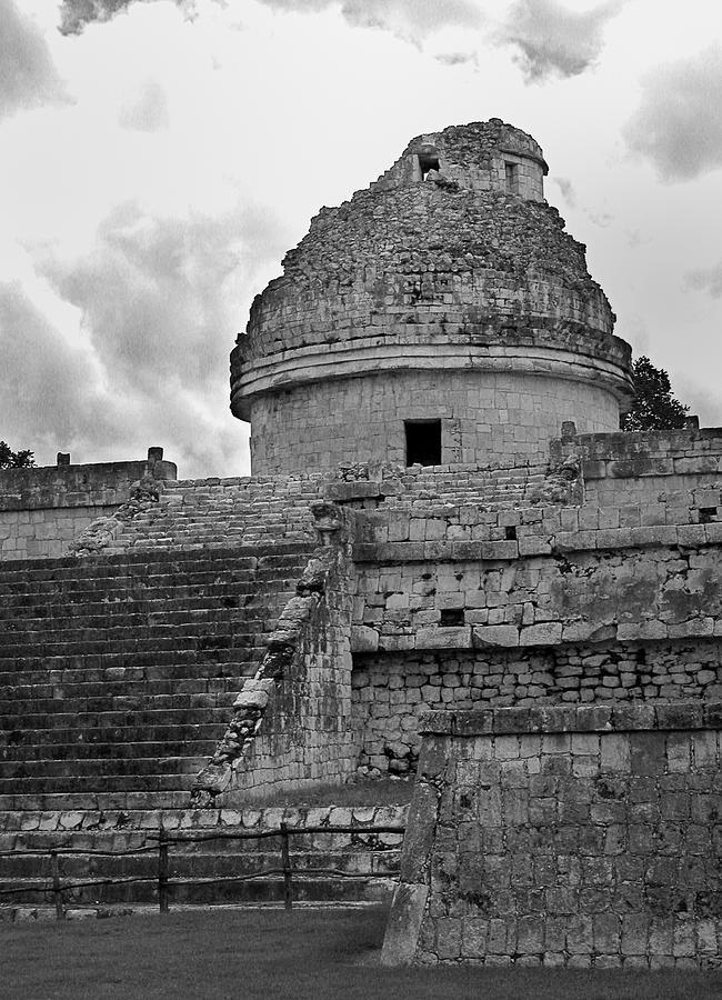 Ruins Photograph - Ruins at Chichen Itza 3 by Frank Mari
