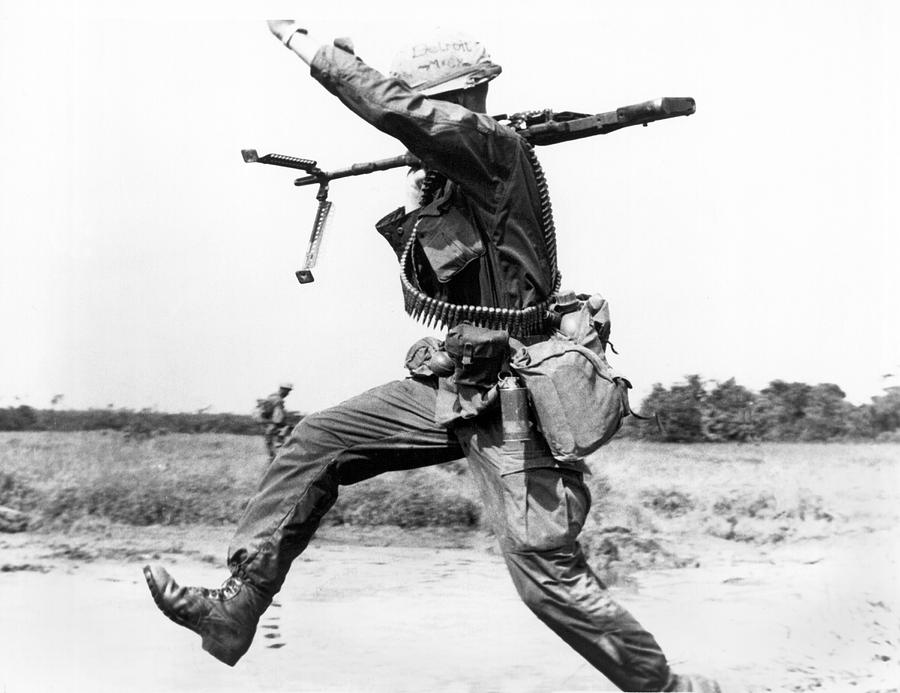 1960s Photograph - Running Soldier by Underwood Archives
