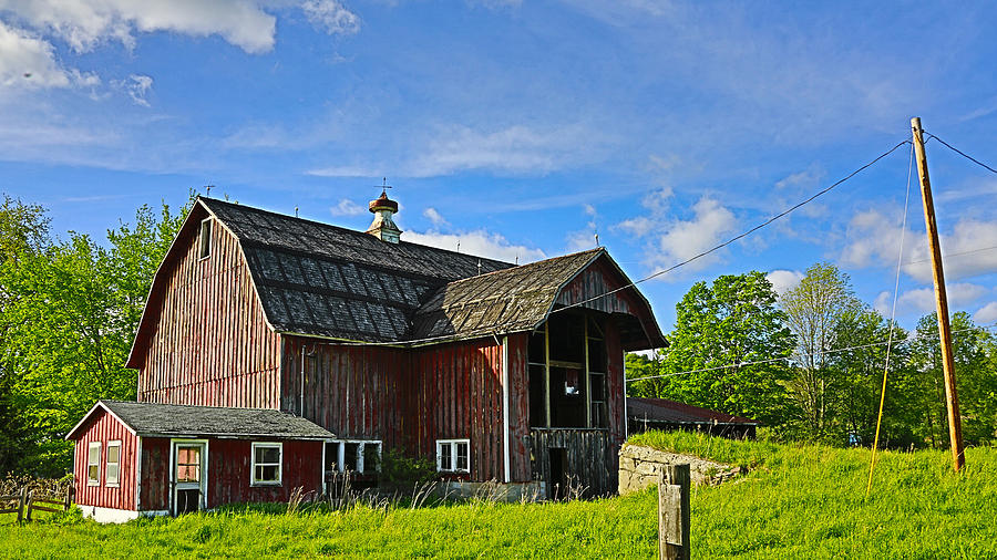 Rustic Barn in the Catskills by Paula Porterfield-Izzo