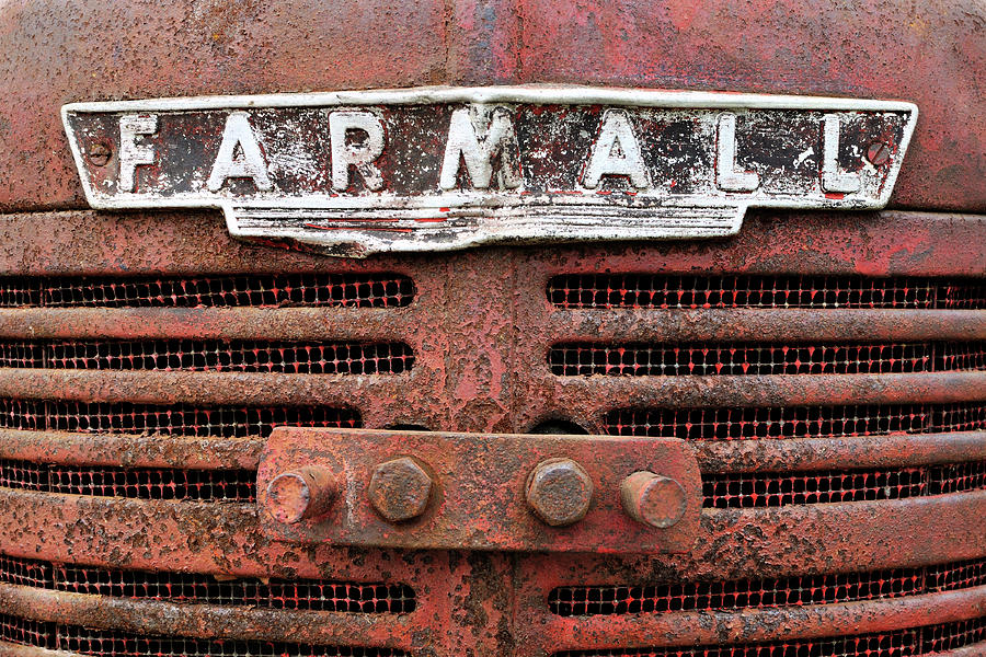 Tractor Photograph - Rusty Farmall by Luke Moore