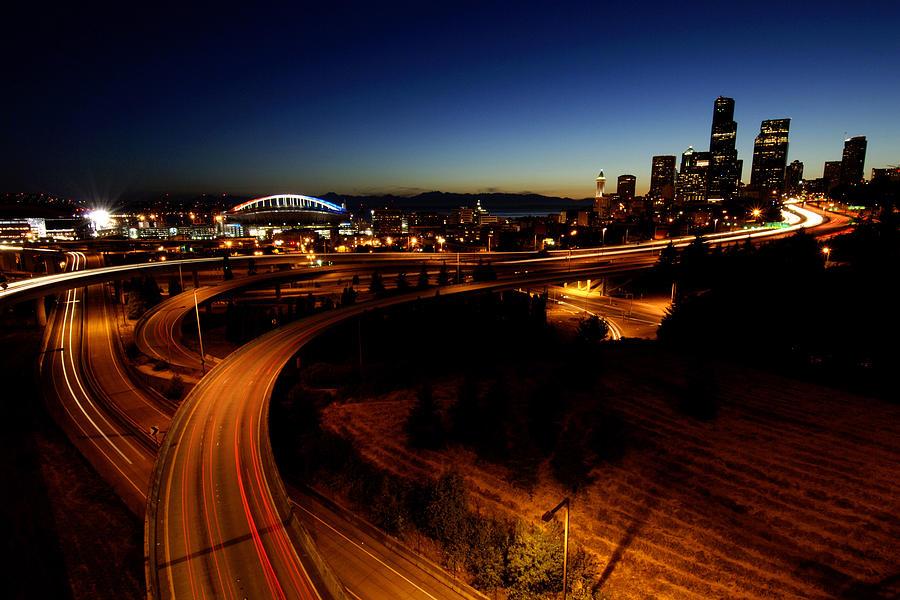 Seattle Photograph - S Curve C015 by Yoshiki Nakamura