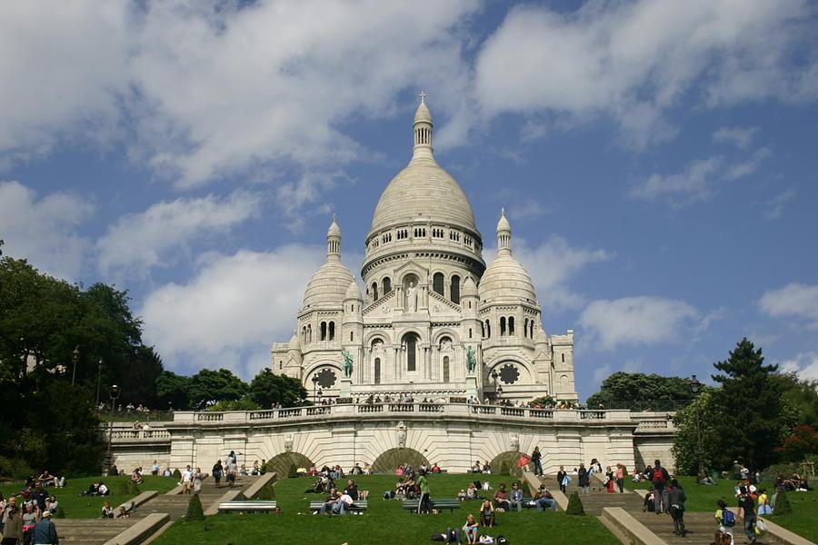 Sacre Coeur Photograph - Sacre Coeur  Paris France by Matthew Kennedy