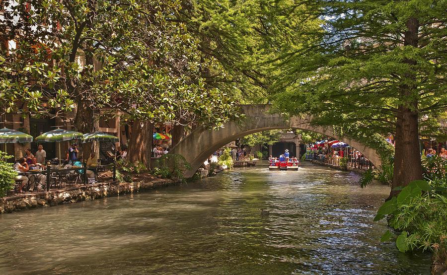 San Antonio Photograph - San Antonio Riverwalk by Steven Sparks