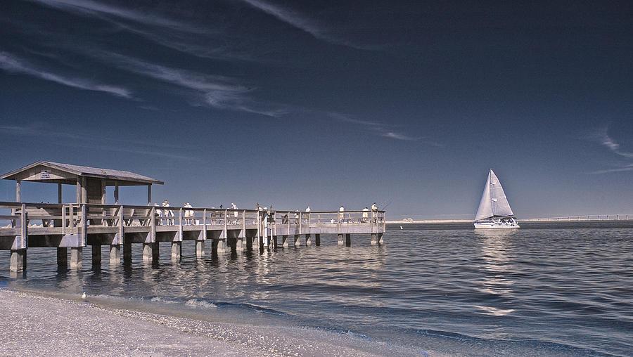 Sanibel fishing pier photograph by oscar zangroniz for Sanibel fishing pier