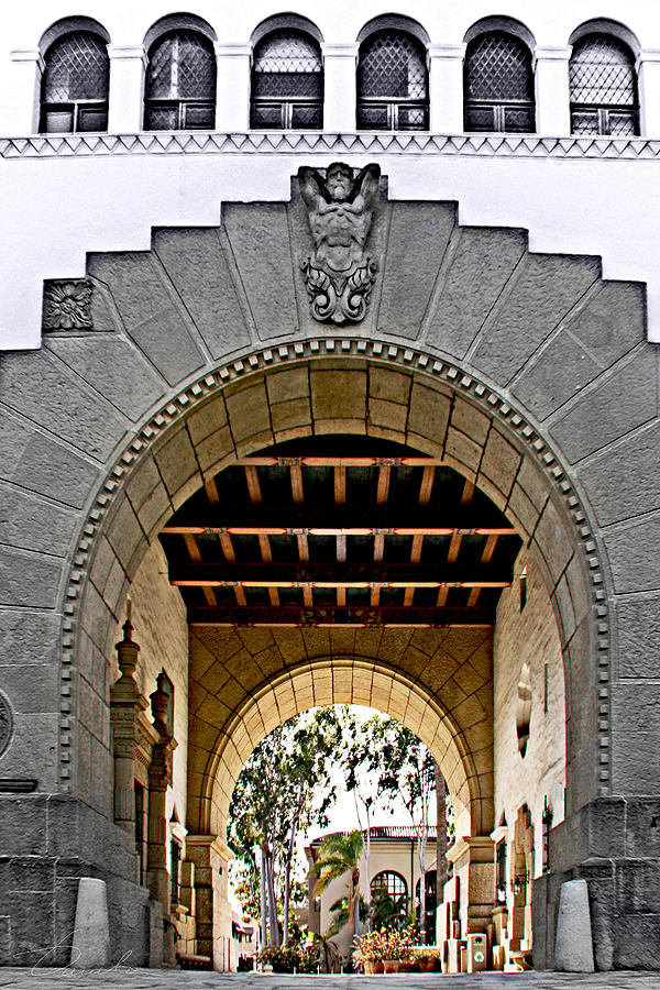Santa Barbara City Hall Arch by Danuta Bennett