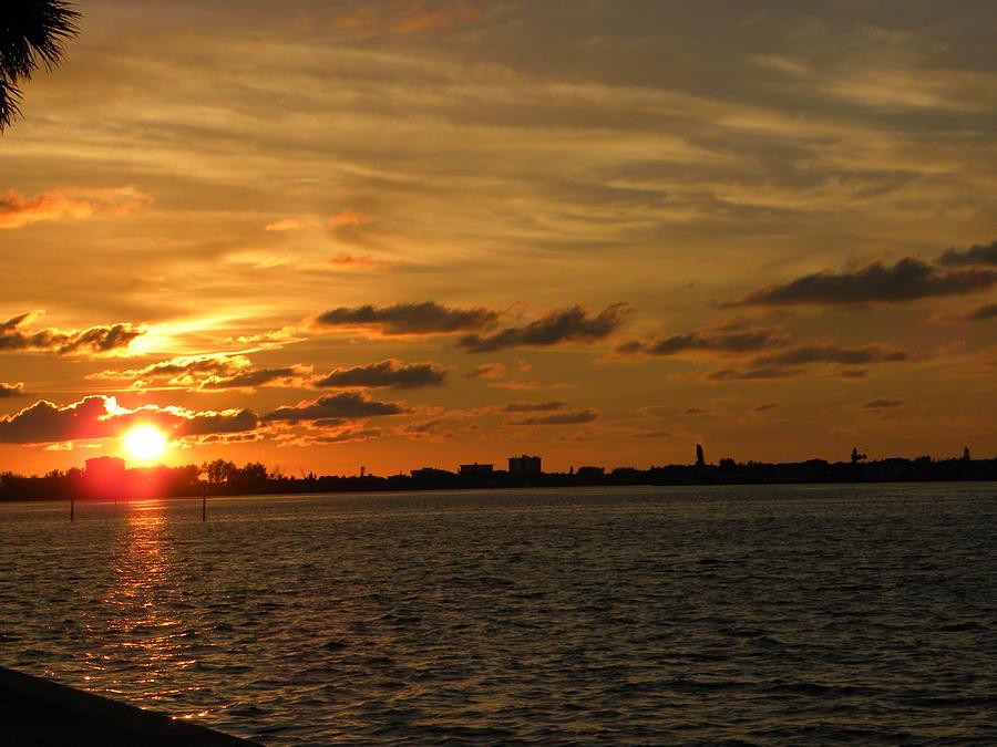 Sarasota Photograph - Sarasota Sun Down by Ric Schafer