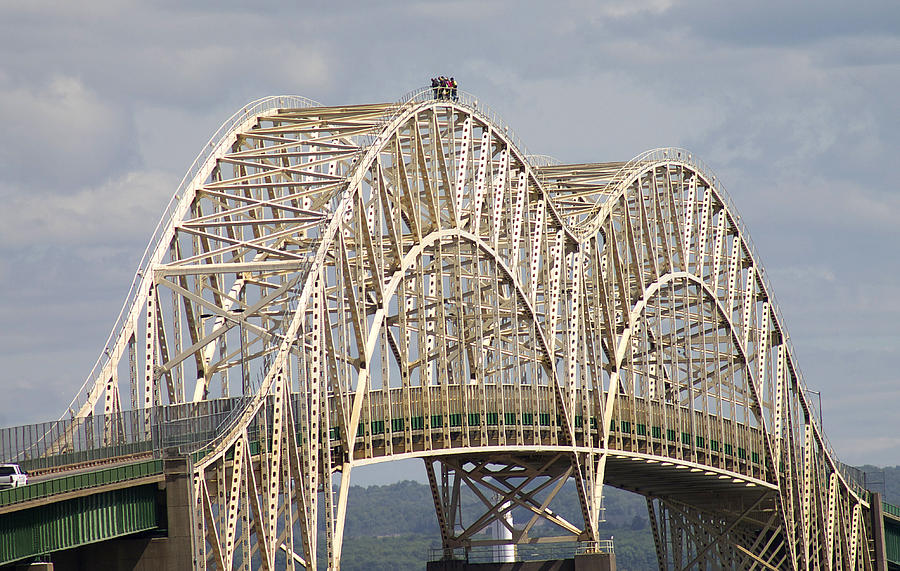 Sault Ste Marie Photograph - Sault Ste Marie International Bridge Arch by Danielle Allard