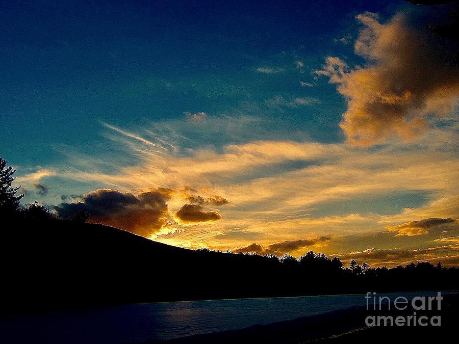 Sunset Photograph - Savoring The Light by Elizabeth Tillar