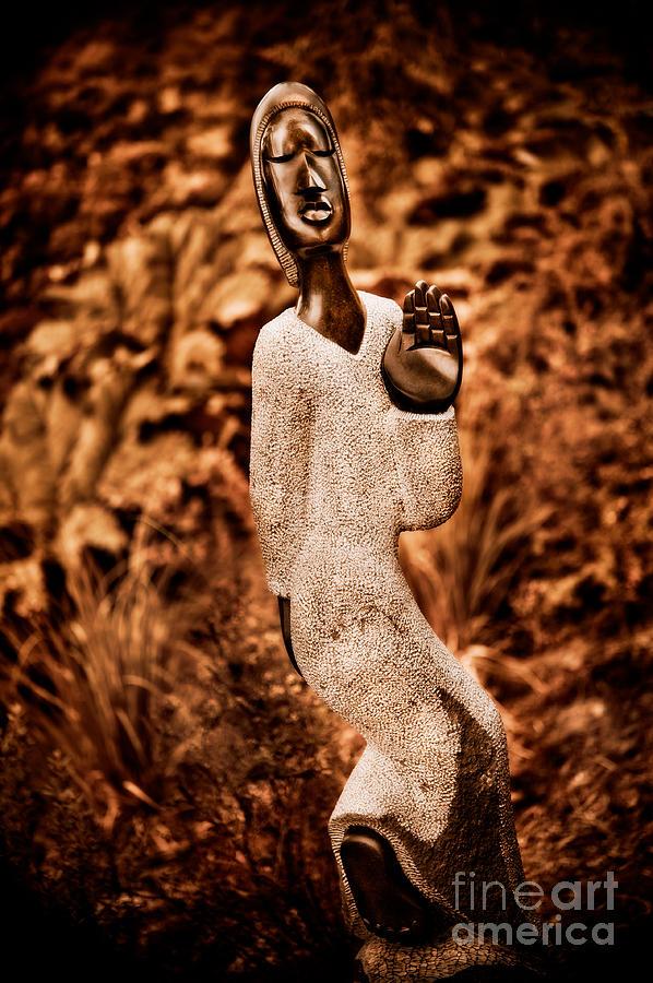 Rinos Munditi Photograph - Saying Goodbye by Venetta Archer