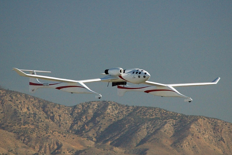 Airplane Photograph - Scaled Composites White Knight by Brian Lockett