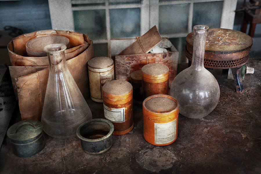 Hdr Photograph - Science - Chemist - Ready To Experiment by Mike Savad