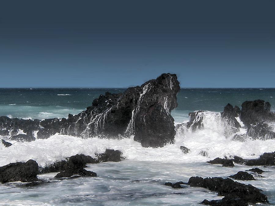 Seascape 4 by michaelalonzo kominsky