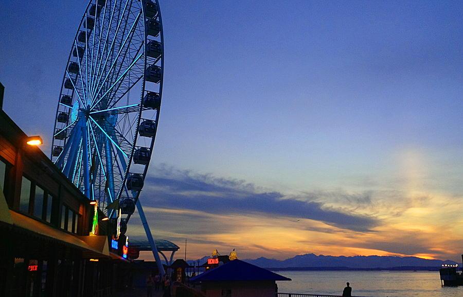 Seattle Wheel by TJ Scar