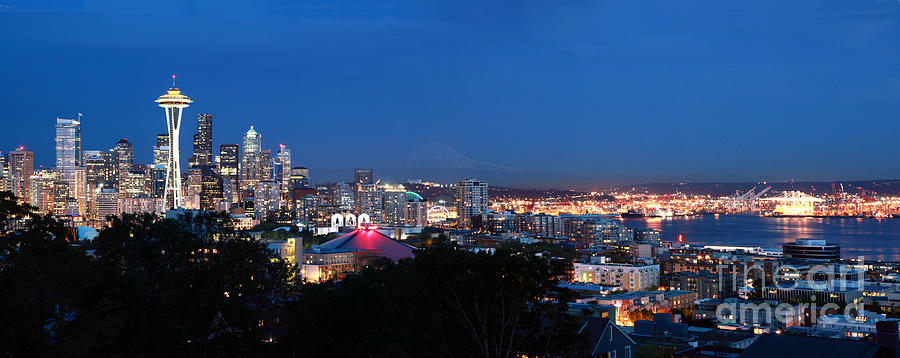Seattle Photograph - Seattle Panorama At Twilight by Peter Simmons