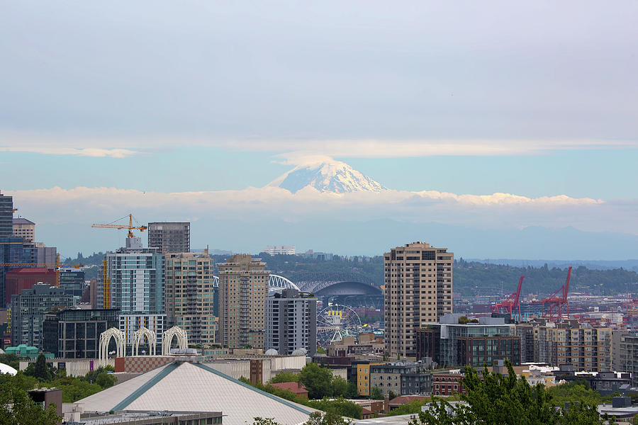 Seattle Photograph - Seattle Skyline With Mt Rainier In Clouds by David Gn