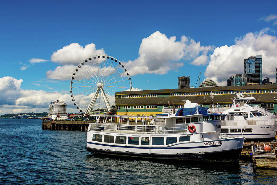 Seattle Waterfront by Rebecca Higgins