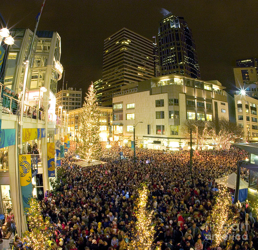 Night Photograph - Seattle Westlake Tree Lighting by Peter Simmons