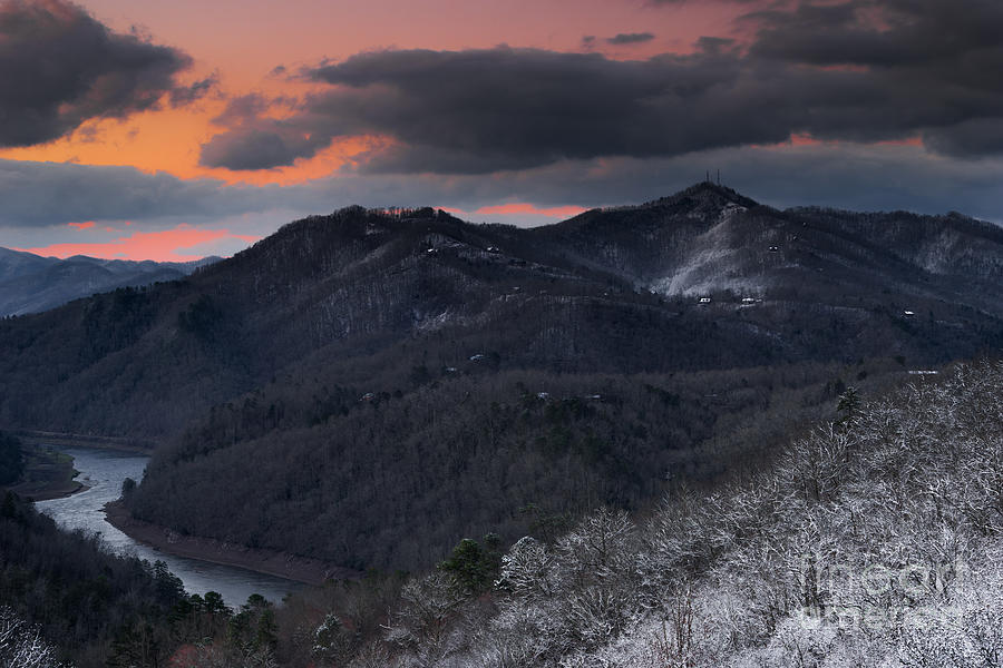 Great Smoky Mountains Photograph - Second Day Of Spring. by Itai Minovitz