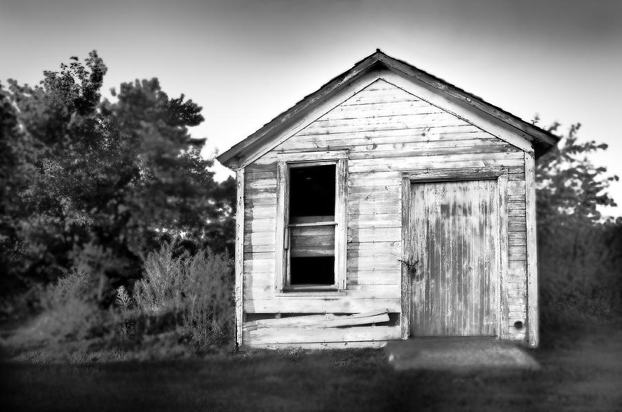 Black And White Photograph - Seen Better Days by Donald Schwartz