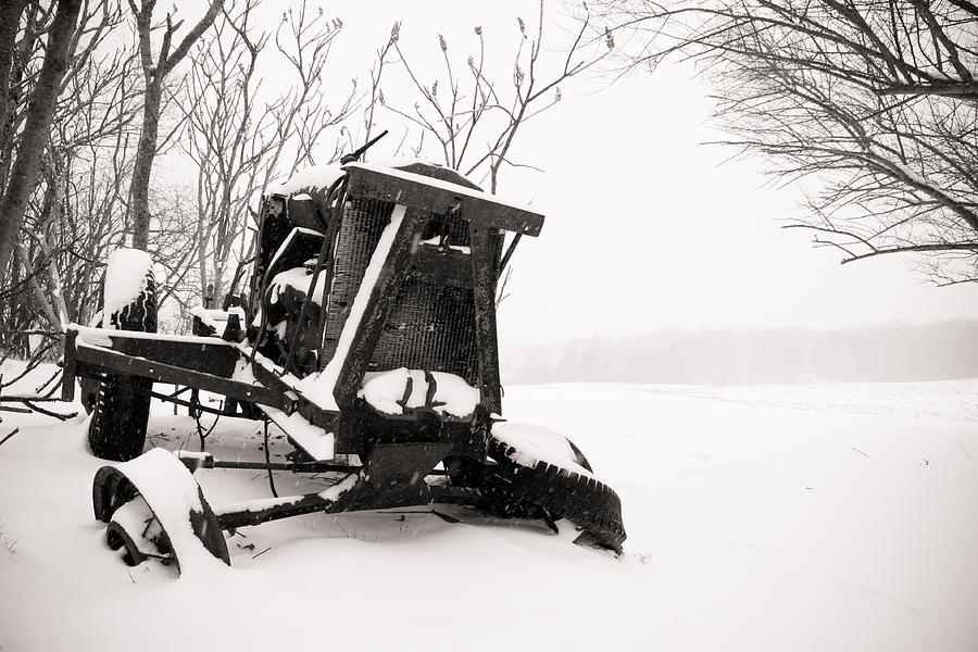 Winter Photograph - Seen Better Days by Edward Myers