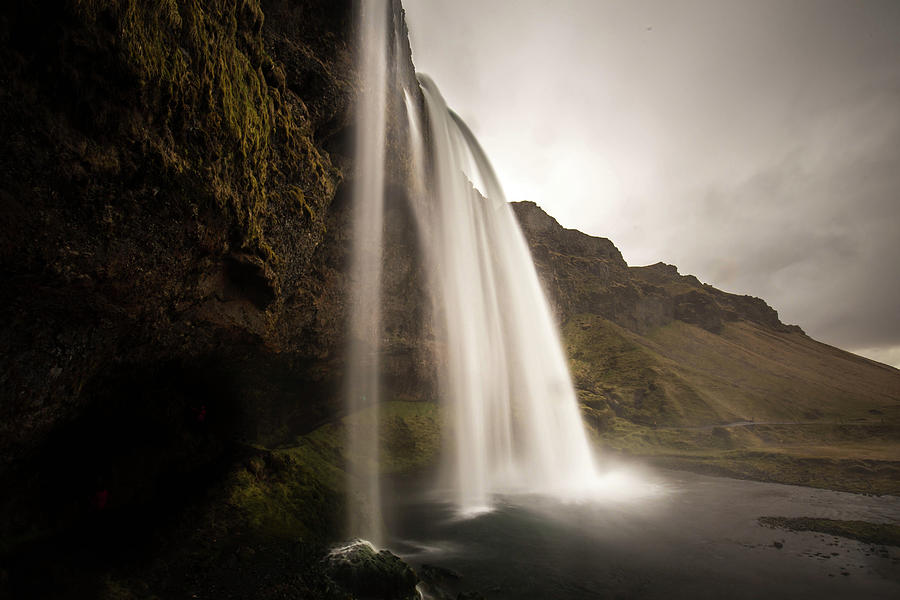 Photo Photograph - Seljalandsfoss by Ryan Stoddard