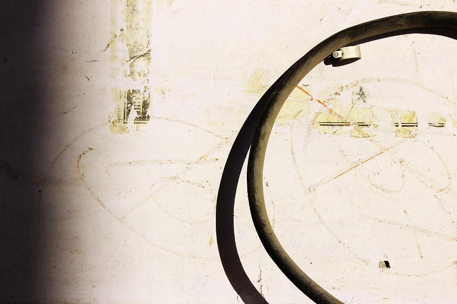 Minimalism Photograph - Semi-circle by Prakash Ghai