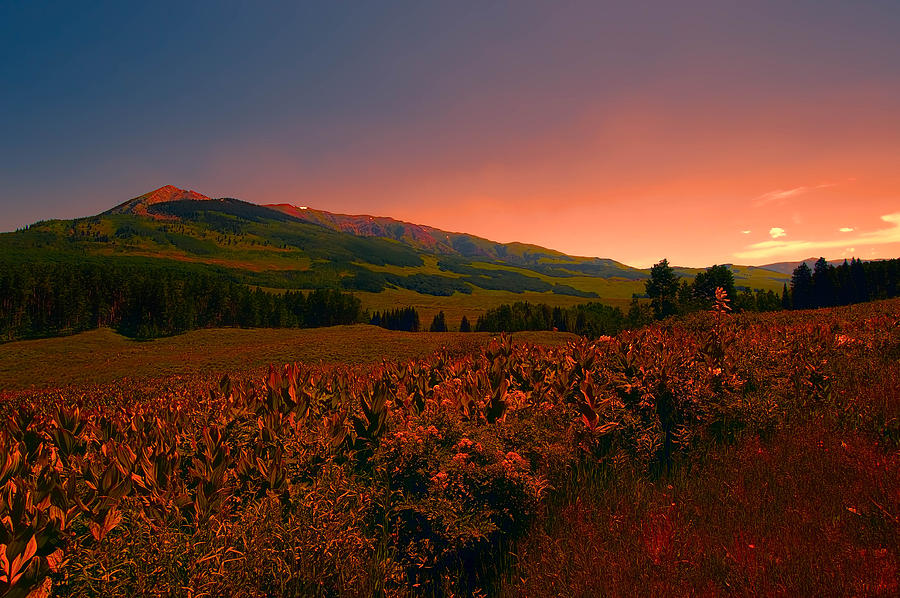 Setting Sun in Crested Butte by Tom Potter