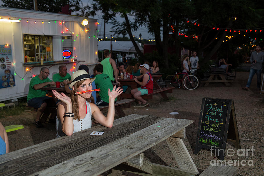 Sexy Austin Local Woman Eats At East Austin Food Truck Park For The