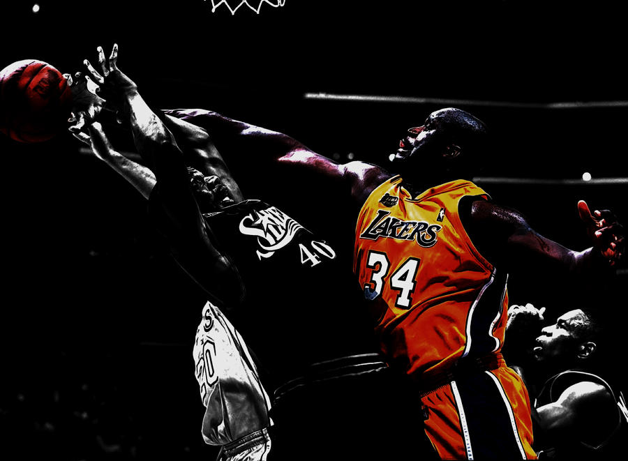 Shaquille Rashaun O'neal Mixed Media - Shaq Protecting The Paint by Brian Reaves