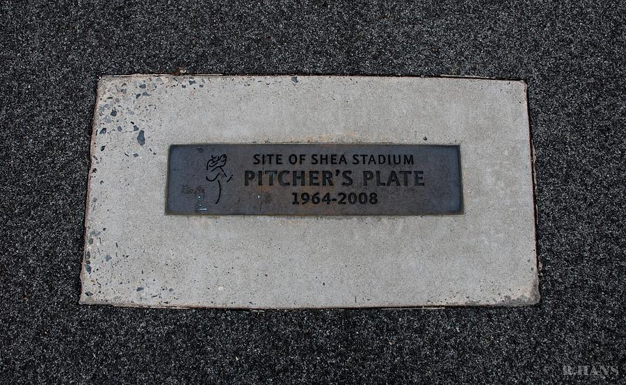 Shea Stadium Photograph - Shea Stadium Pitchers Mound by Rob Hans
