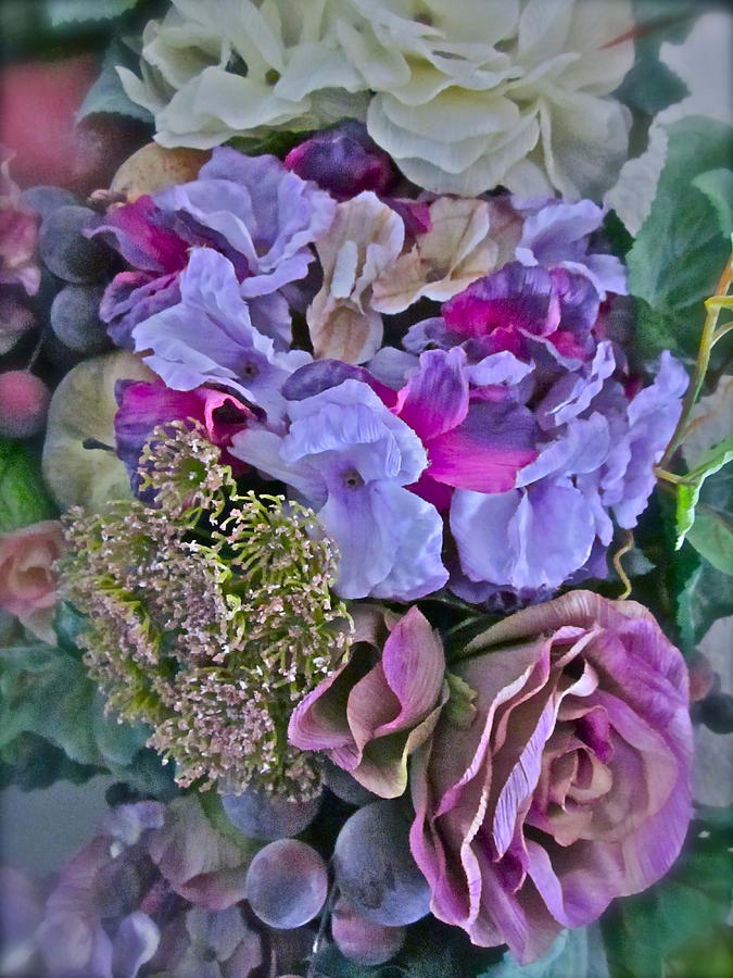 Flowers Photograph - Sherrys Silks by Gwyn Newcombe